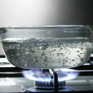 4 thói quen uống nước gây hại cực lớn cho sức khỏe thumbnail