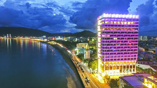 Khách sạn Hương Việt về  đêm