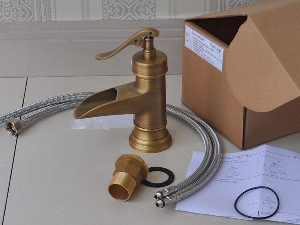Vòi nước rửa mặt lavabo bằng đồng GCV04